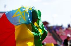 ТАМПЕРЕ, ФИНЛЯНДИЯ, 12-ое июля: Золотая медаль выигрыша ALEMAZ САМЮЭЛЬ Эфиопии в metrs 1500 на чемпионате мира U20 IAAF в Тампере стоковое фото rf