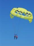 тандем parasailing cancun Мексики Стоковые Изображения RF