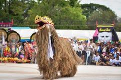 Танец выставки Лаоса маски Стоковые Изображения RF
