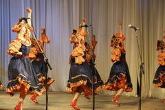 Танец в голубых костюмах Стоковое Изображение RF