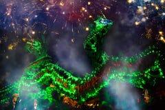 Танец дракона выполнил для лунного торжества Нового Года Стоковое Фото