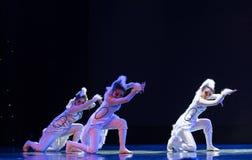 Танец кота девушк-современный Стоковое Изображение
