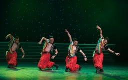 Танец Монголии гордости- орла стоковое фото