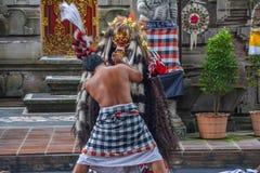 Танец Barong в Бали Индонезии стоковое изображение