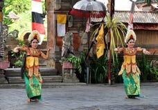 Танец Barong на Бали стоковые фото