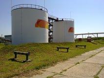 Танки для нефтехранилища Стоковые Фотографии RF