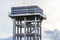 Танк водонапорных башен стоковые фотографии rf