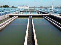 Танк седиментирования в заводе водоочистки стоковое изображение rf