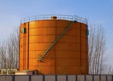 Танк сырой нефти Стоковые Изображения