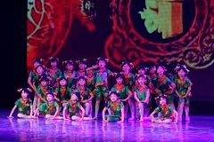 Танца ` s детей испытания академии танца Пекина стекел ` s бабушки сортируя выставка Цзянси достижения выдающего уча Стоковые Фотографии RF