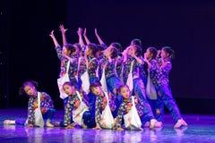 Танца ` s детей испытания академии танца Пекина newsboys сортируя выставка Цзянси достижения выдающего уча стоковая фотография