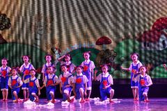 Танца ` s детей испытания трудовой академии танца Пекина славы сортируя выставка Цзянси достижения выдающего уча стоковое фото
