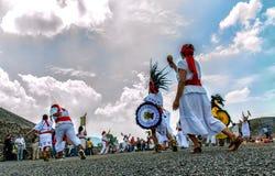 Танцевать ацтеков стоковое фото rf