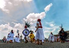 Танцевать ацтеков стоковые фото
