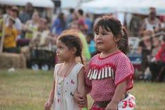 Танцоры коренного американца на плен-вау Стоковая Фотография RF