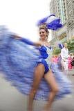 Танцор кабара масленицы стоковая фотография