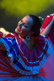 Танцор молодой женщины от Коста-Рика в традиционном костюме стоковое изображение