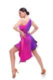 Танцор сальса с руками на вальмах стоковое изображение rf
