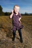 танцует девушка немногая стоковые изображения rf