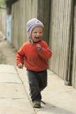 Танцуя маленький пакостный мальчик Стоковые Фото
