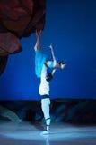 Танцы артистов балета Aleksandr Stoyanov и Katerina Kukhar во время балета Corsar Стоковая Фотография RF