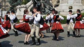 Танцы венгра Дни венгра Cluj стоковое изображение rf