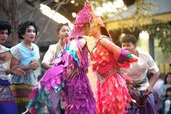 Танцы крана традиционные южные тайские Стоковые Фото