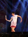 Танцы красоты в выставке этапа в выставке Нового Года Стоковое Фото