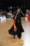 Танцы пар танца бального зала на конкуренции Стоковые Изображения