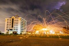Танцы пожара. Стоковое фото RF