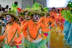 Танцы ребенка в фестивале 2017 Calauan Pinya Стоковое фото RF