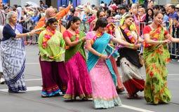 Танцы толпы Стоковые Изображения RF