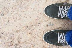 Тапки зеленых людей замши Стоковые Фотографии RF