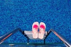 тапочки бассеина плавая Стоковое Изображение RF