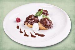 Тарелка десерта ресторана Стоковое Изображение