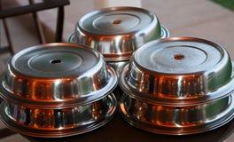 тарелки доставки с обслуживанием Стоковое фото RF