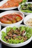Тарелки корейского барбекю бортовые Стоковая Фотография