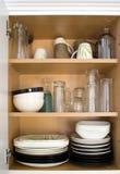 тарелки кухонного шкафа Стоковое фото RF
