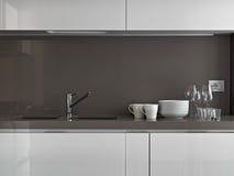 Тарелки в кухне Стоковое Изображение RF