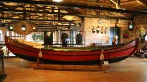 Тахта barge внутри музей Koc стоковые фотографии rf