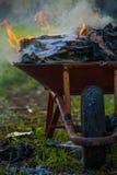 Тачка вполне горящей бумаги Стоковые Фотографии RF