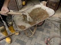 Тачка с цементом Стоковое Изображение