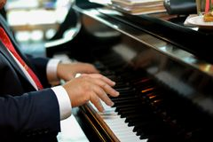 Талантливые руки Стоковые Фотографии RF