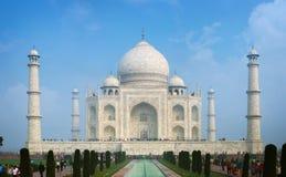 Тадж-Махал в Агре Индии на солнечный день Стоковое Изображение