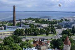 Таллин, Эстония, Европа, обзор от башни церков st Олафа Стоковая Фотография RF