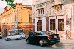 Тбилиси Georgia Задний взгляд припаркованного черного автомобиля Фольксвагена Jetta Стоковое фото RF