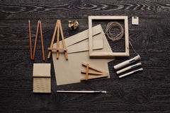 Творение сообщений подарка handmade от экологических материалов стоковое изображение