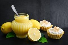 Творог лимона в опарнике стоковое фото rf