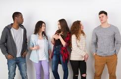 Творческая команда, молодые вскользь бизнесмены Стоковое фото RF