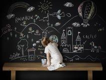 Творческая концепция классн классного девушки воображения чертежа Стоковые Фото